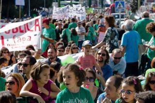 Más de 5000 personas se movilizan en defensa de la escuela pública en el norte de Madrid.