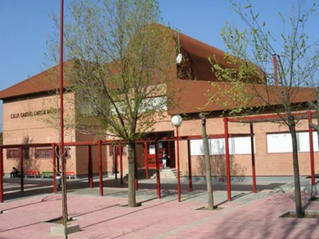 Un colegio p blico de tres cantos ser madrid norte - Aticos en tres cantos ...