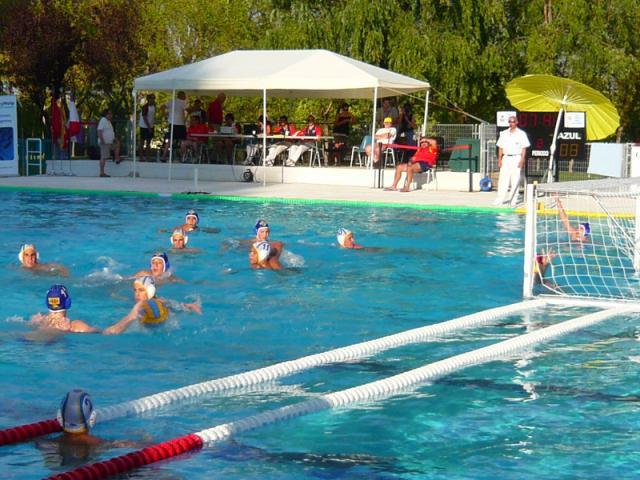 El club nataci n tres cantos cierra una ser madrid norte for Piscina foresta tres cantos