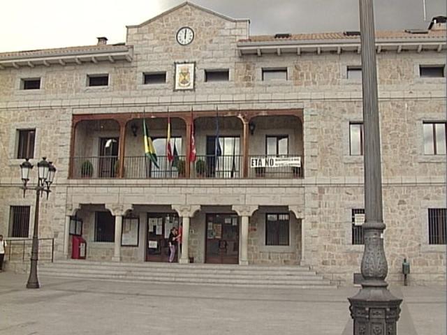Comienza el juicio por prevaricaci n ser madrid norte - Polideportivo manzanares el real ...