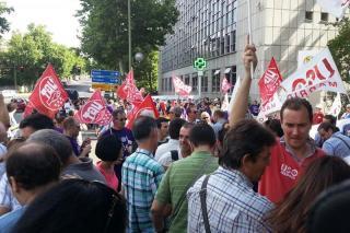 Los sindicatos convocan una huelga indefinida en INDRA por el ERE que afectará en Alcobendas a 1300 trabajadores