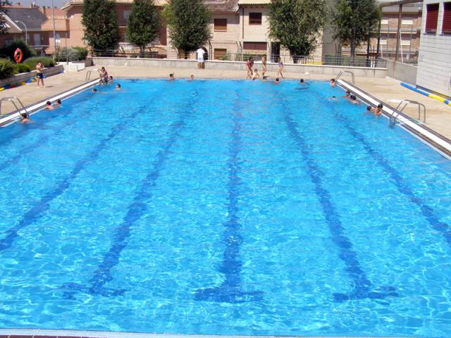 Chapuz n en las piscinas municipales ser madrid norte for Piscinas municipales verano madrid